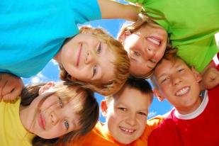 CHILDREN ISTOCK -000004107146Medium